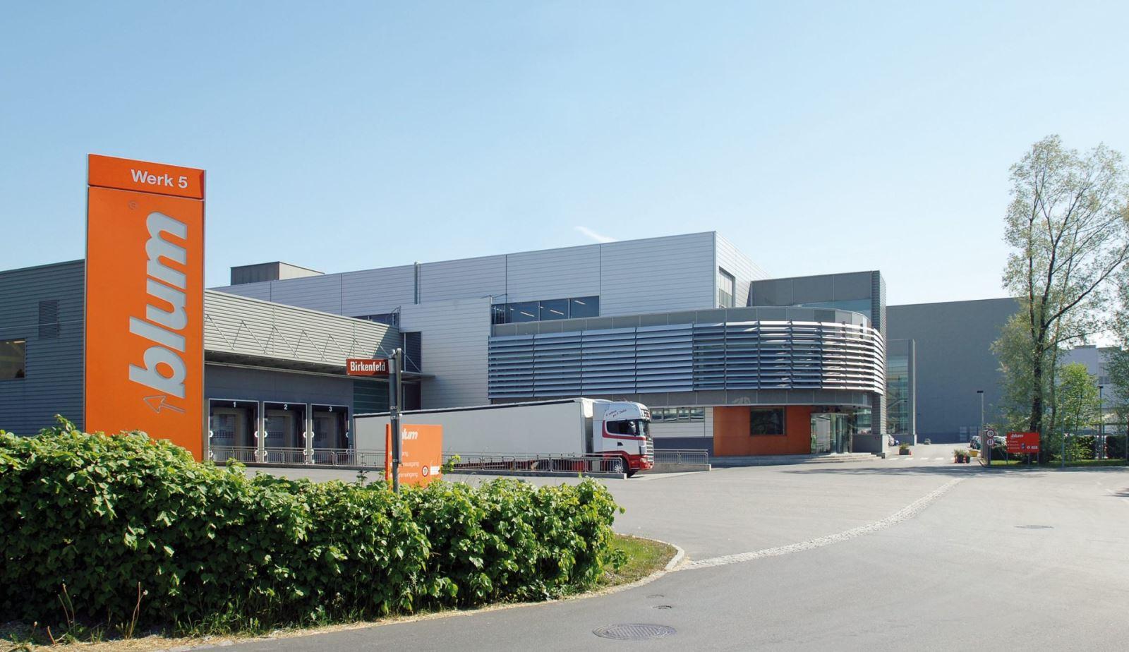 nhà máy sản xuất blum tại áo