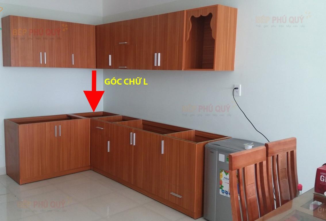 vị trí góc tủ chữ L phù hợp lắp đặt giá góc liên hoàn Luxury